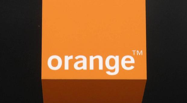 Union leaders have voiced concern over moves by mobile phone giant Orange to switch work to the Philippines