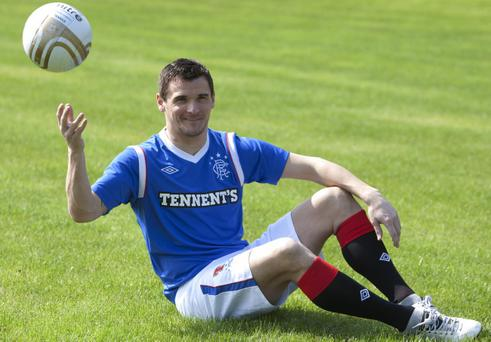 Lee McCulloch shows off the new Rangers kit