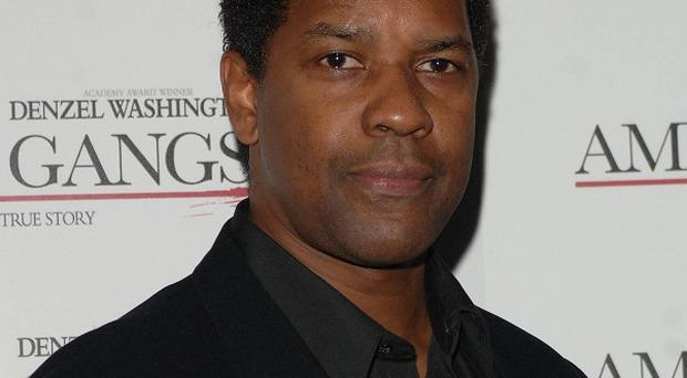 Denzel Washington is attached to play the lead role in a new aeroplane drama