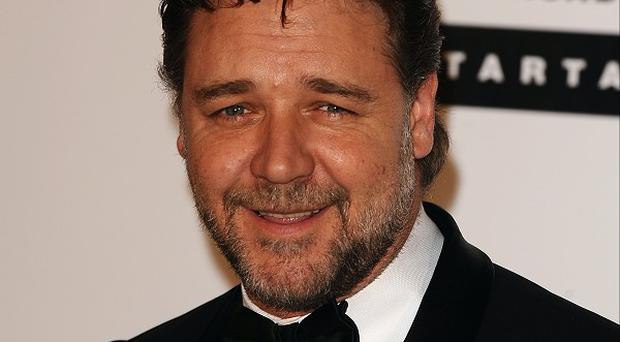 Russell Crowe is set to make his directorial debut