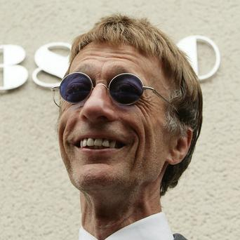 Bee Gees star Robin Gibb attends the unveiling of a plaque at a former home of Dusty Springfield