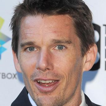 Ethan Hawke is set for a cameo apperance in the remake of Total Recall