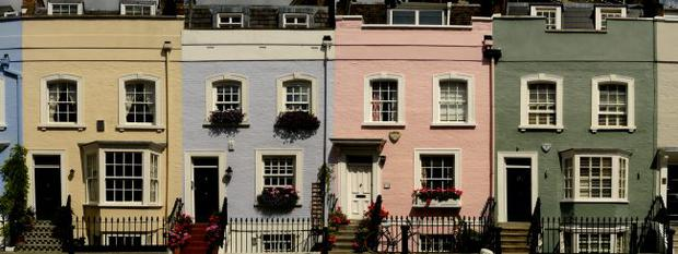 Chelsea's elegant (and expensive) townhouses