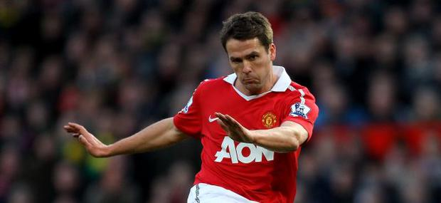MANCHESTER, ENGLAND - JANUARY 09: Michael Owen of Manchester United in action during the FA Cup sponsored by E.ON 3rd round match between Manchester United and Liverpool at Old Trafford on January 9, 2011 in Manchester, England. (Photo by Alex Livesey/Getty Images)
