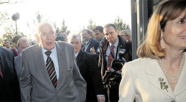 US Special Envoy Paula Dobriansky with former First Minister Ian Paisley and deputy First Minister Martin McGuinness in 2008