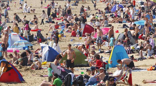 Weather forecasters have poured cold water on claims the nation is set to bake in June