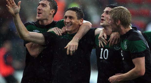 Republic of Ireland's Keith Andrews (second left) celebrates his goal during the international friendly against Italy at the Maurice Dufrasne Staduim, Liege, Belgium