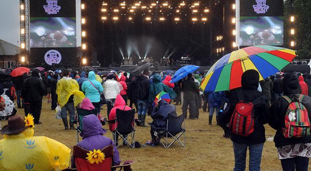 Around 75,000 festival goers braved the wet weather during the final day of the Isle of Wight Festival