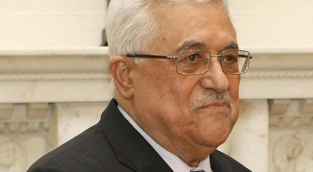 A high-profile meeting between the leaders of the rival Palestinian Fatah and Hamas movements has been called off
