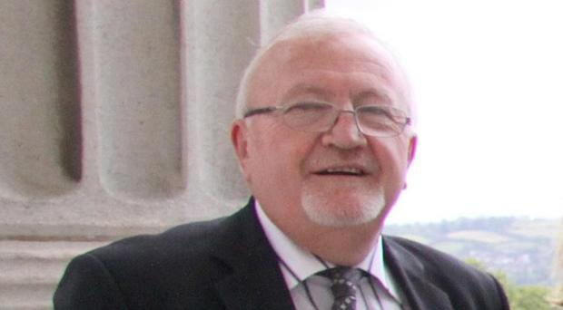 Northern Ireland Ombudsman Tom Frawley has strongly criticised Fold Housing Association after a resident fell and broke her hip