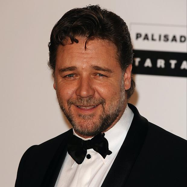 Russell Crowe plays Jackknife in The Man With The Iron Fist