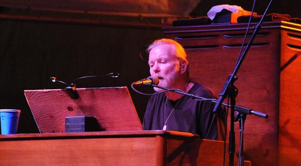 US rock legend Gregg Allman has cancelled tour dates for health reasons