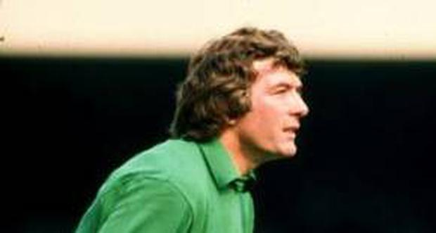 <b>PAT JENNINGS Goalkeeper</b><br/> Arsenal 1977-84, 327 appearances After thirteen years and 591 games with Spurs, Keith Burkinshaw believed the 32-year-old Pat Jennings was coming to the end of his career. It proved to be a miscalculation on a par with Pope Innocent III's prediction that the Second Coming would happen and it would happen in AD1284. Almost eight centuries after that gaffe he's still waiting to be proved right but Burkinshaw only had to wait eight games to realise he had made an awful mistake. Terry Neill poached the 119-cap Northern Irishman from N17 to N5 in 1977 and it wasn't until eight years later that Jennings played the last of his 327 games for Arsenal. Jennings made the game look easy but unlike his Highbury goalkeeping descendant, David Seaman, he didn't need a horse-tail and 'tache to prove that the cameras didn't matter. In an age more accustomed to 'keepers who punch, flap and beat away the ball like demented volleyball triallists, Jennings is an exemplar for the philosophy that a goalkeeper's hands is the only safe place for the ball. His performances for Northern Ireland in the 1986 World Cup, including a fitting finale against the Brazilians, came a year after he had retired from first team football and are a testament to Arsenal's finest 'keeper.
