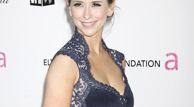 Jennifer Love Hewitt will also produce the new show