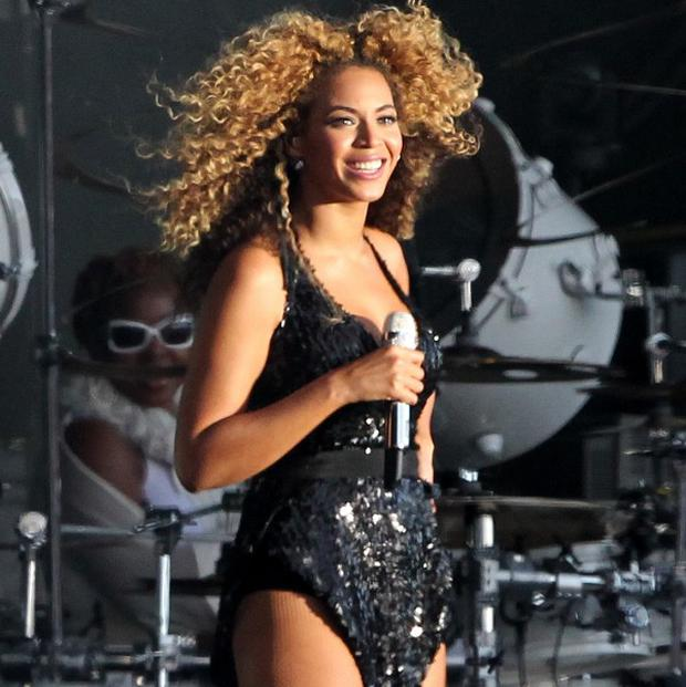Beyonce has two frangrances in the celebrity scents top 10