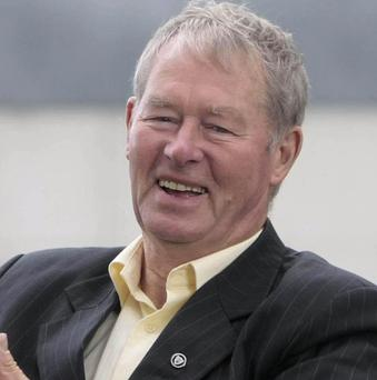 Former GAA broadcaster Micheal O Muircheartaigh will announce next week whether he will join the race for the presidency