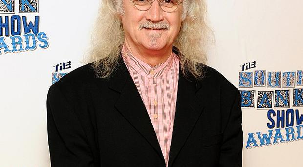 Comic Billy Connolly has confessed he used pages of the Bible to make a roll-up cigarette