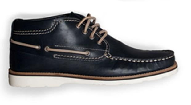 <b>He by Mango</b> Deck shoes may be your shoe of choice for summer but you need something a little bit more robust come autumn. This deck shoe hybrid is perfect. Wear with thick woolly socks. <b>Where</b> www.hebymango.com How much £89.90