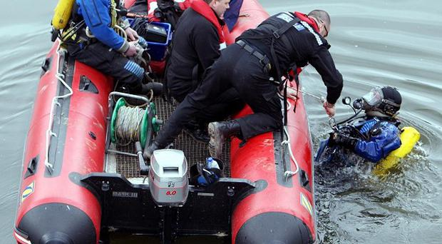 Efforts are continuing to recover the body of a diver from a flooded cave in Co Galway