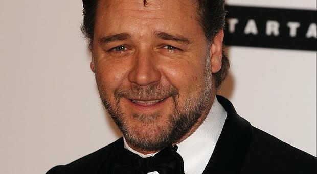 Russell Crowe has been cast in the Les Miserables film