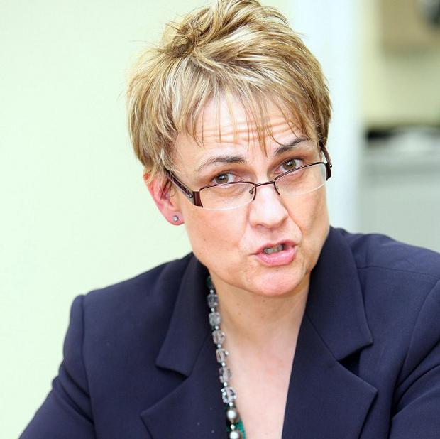 SDLP leader Margaret Ritchie is to stand down