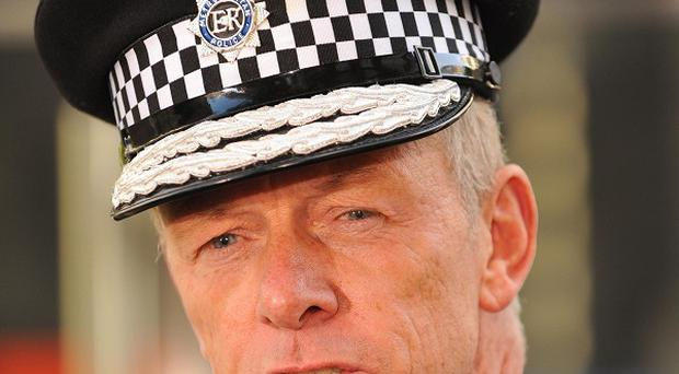 New Metropolitan Police Commissioner Bernard Hogan-Howe has asked Durham Police to review the phone-hacking investigation
