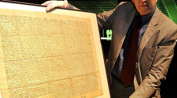 An original copy of the Magna Carta, written in 1297, has gone on display at the Guildhall in the City of London