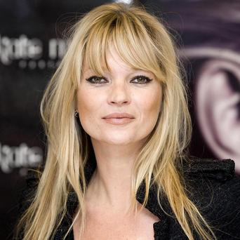 Kate Moss has given her seal of approval to Mulberry's new collection at London Fashion Week