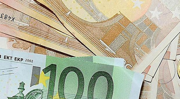 Taxpayers have paid out 73 million euro in fees to Government consultants and financial experts, the C and AG report has found
