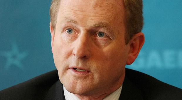 Taoiseach Enda Kenny has paid tribute to Apple co-founder Steve Jobs