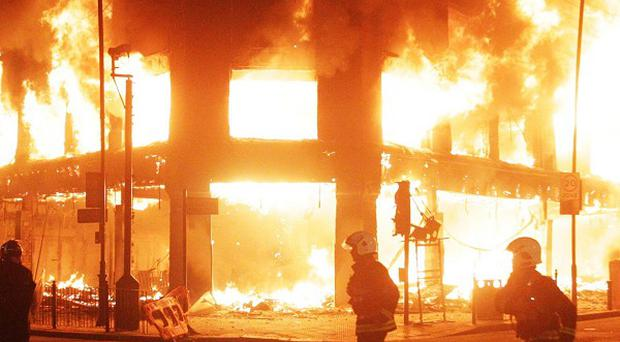 Police have arrested nearly 3,000 people suspected of offences during the London riots