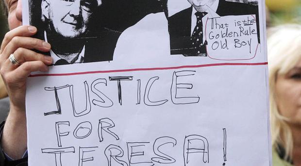 Supporters of Teresa Treacy picketed ESB's Dublin offices after the 65-year-old was jailed