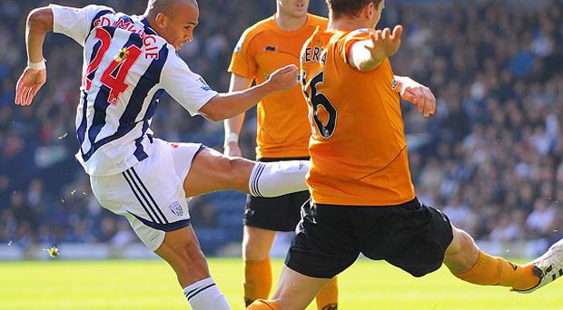 Peter Odemwingie (left)