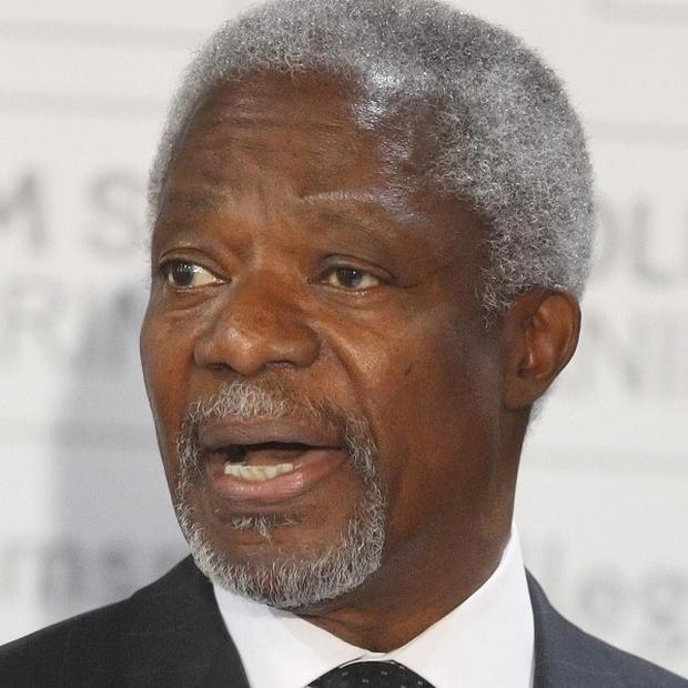 Former UN secretary general Kofi Annan is to attend Basque peace talks in Spain