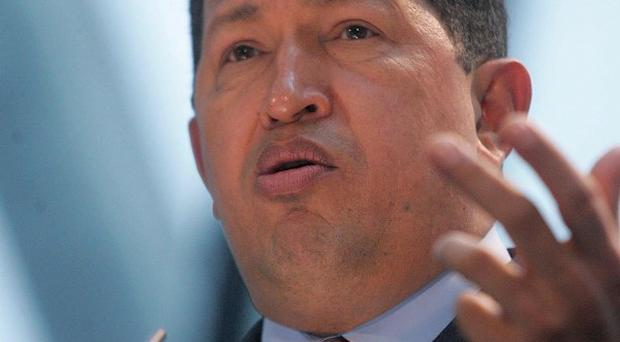 Doctors have disputed a surgeon's remarks about the health of Venezuelan president Hugo Chavez
