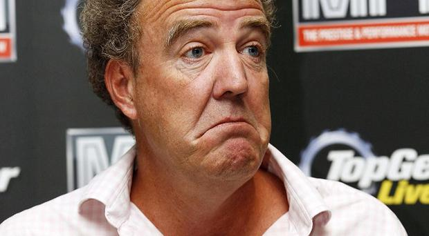 Top Gear presenter Jeremy Clarkson has abandonded his bid for a gagging order