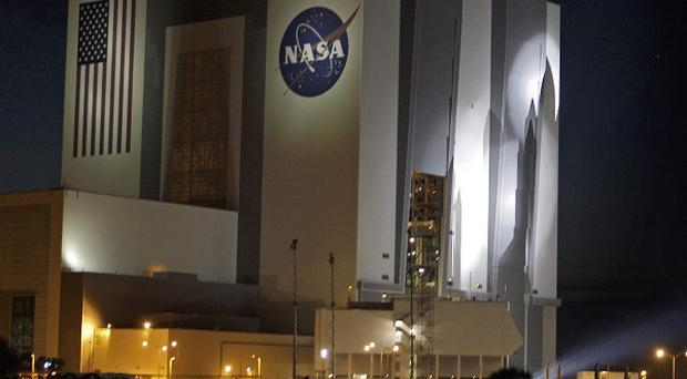 Boeing is to build spacecraft in the hangar that housed the space shuttle in Florida