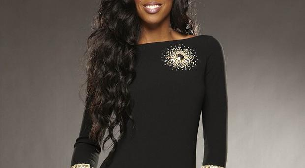 Kelly Rowland was forced to choose between two of her acts in the sing-off