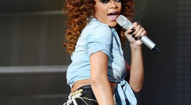 Rihanna has bounced back to the number one single spot