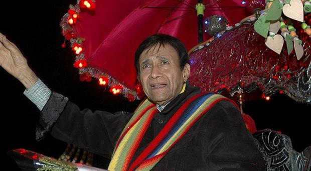 Veteran Bollywood actor Dev Anand has died of a heart attack in a London hotel. He was 88 (AP)