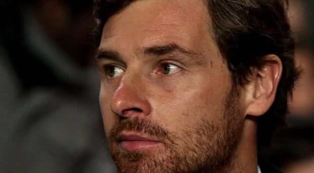 LONDON, ENGLAND - DECEMBER 06: Andre Villas-Boas the Chelsea manager looks on during the UEFA Champions League group E match between Chelsea FC and Valencia CF at Stamford Bridge on December 6, 2011 in London, England. (Photo by Clive Rose/Getty Images)