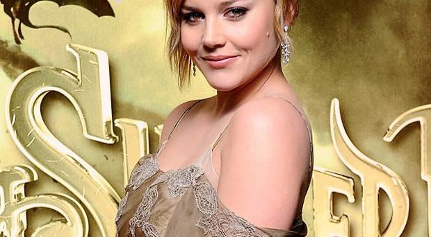 Abbie Cornish could be playing the girlfriend of Colin Farrell's character
