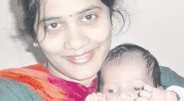 Sonali Pawar with her son Vikram <p><b>To send us your Baby Pics <a href=