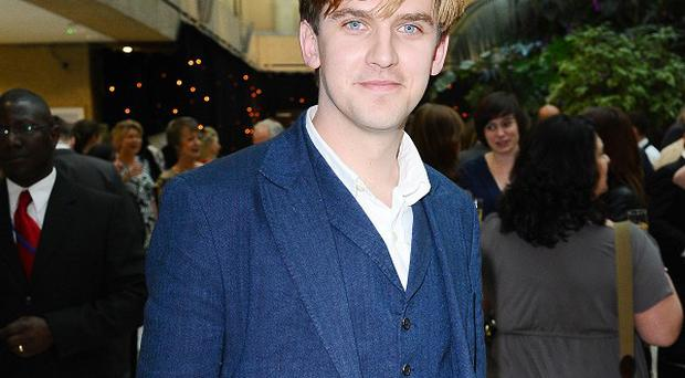 Dan Stevens says he tries to keep the Downton Abbey plotlines secret from his wife