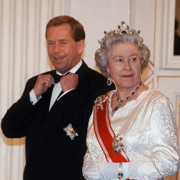 Former Czech President Vaclav Havel, pictured with the Queen, has died (AP)