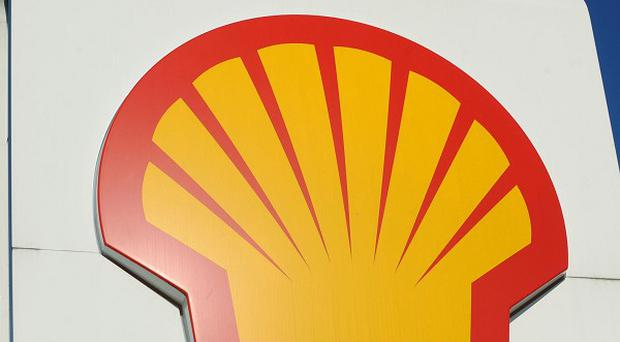 Thousands of gallons of drilling fluid has leaked from a Royal Dutch Shell drilling rig off the coast of Alabama