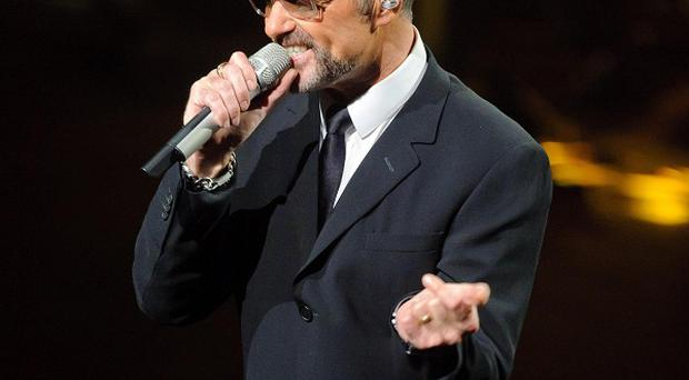 Popstar George Michael will be able to spend Christmas at home after he was released from a hospital in Vienna