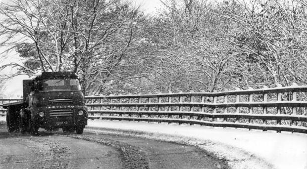 Ulster with her winter coat of snow, the scene on the Glen Road, Belfast, as motorists drive with care. (28/11/1969)