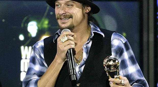 Kid Rock has donated gift vouchers to poor families in his home town of Detroit