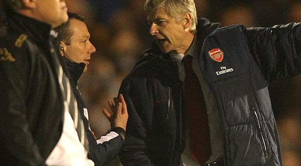 Arsene Wenger (right)